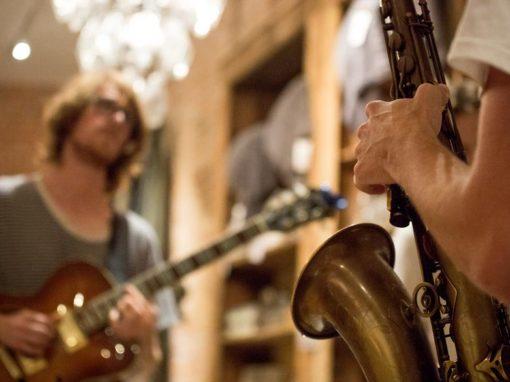 Photo Highlights – Aidan Funston and Declan Funston live at Leuk Huis